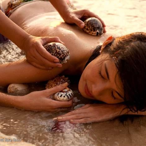Ayana hot shell massag